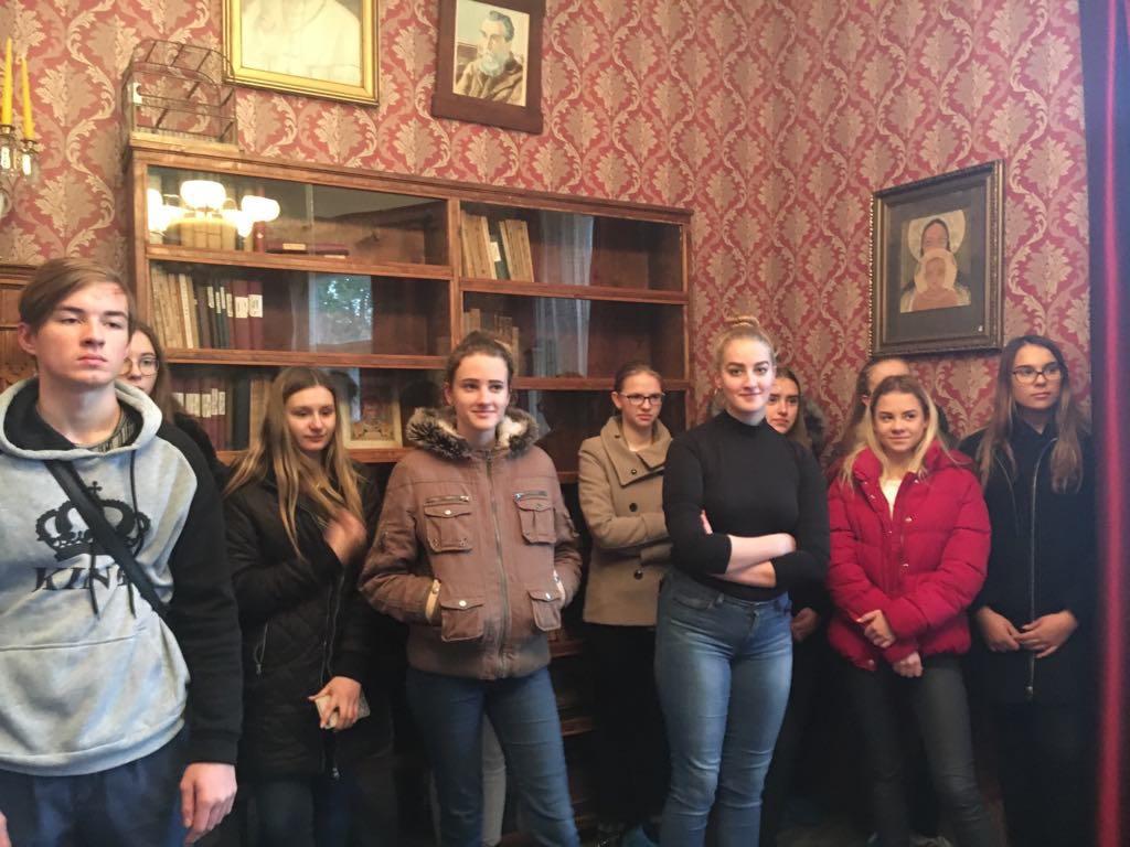 Netradicinė lietuvių kalbos pamoka Vaižganto muziejuje