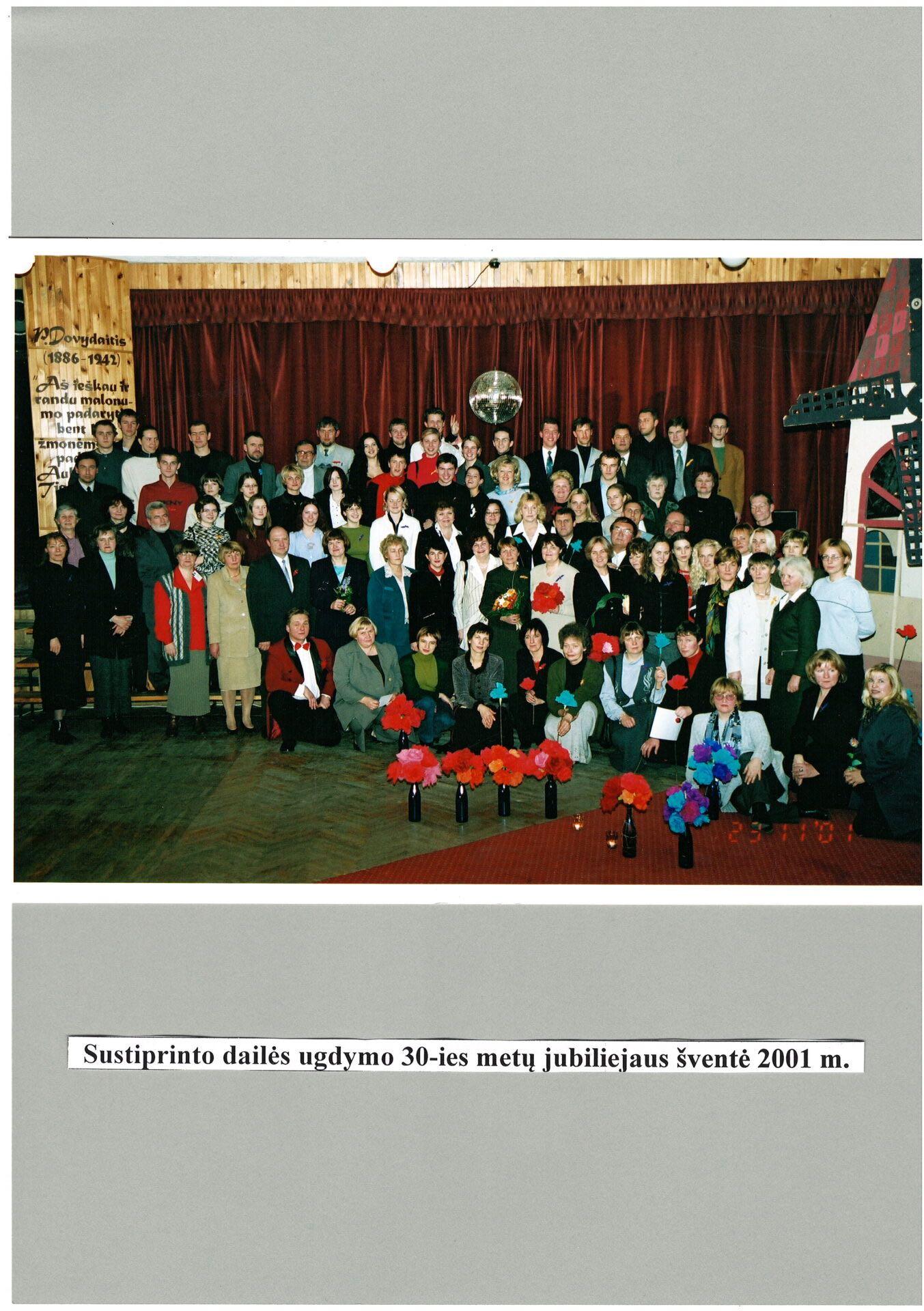 2001 m.